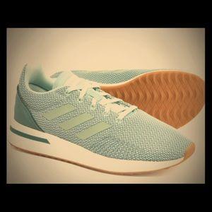 Adidas Run 70s women's sneakers. Ash Green